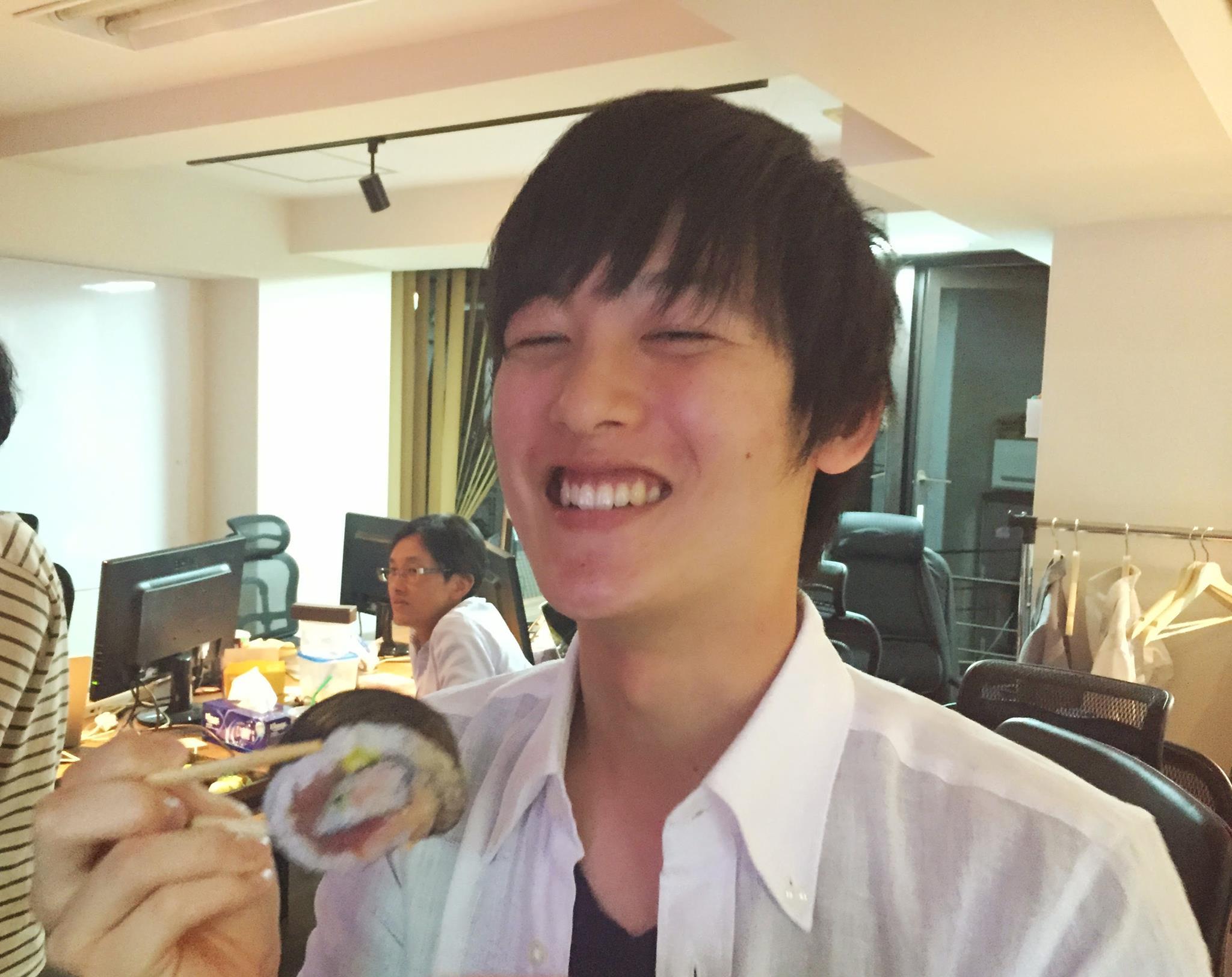 チキンカツ大好きなインターンのオオツカくんのために、恵比寿で有名な爆盛りチキンカツを食べに行ったよ